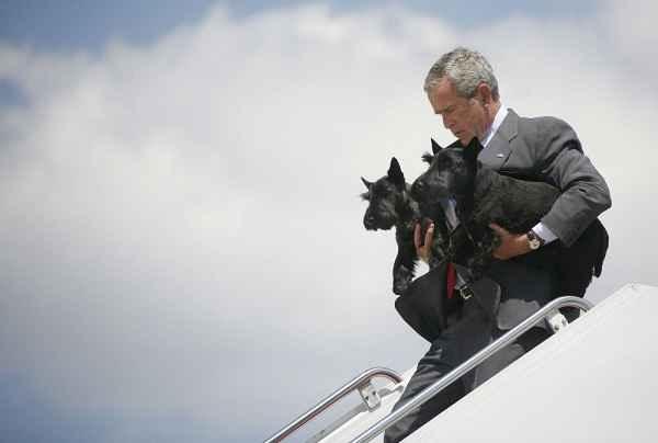 جرج بوش به همراه